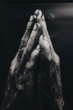 Prayer%20hands%20nathan dumlao 583574 unsplash