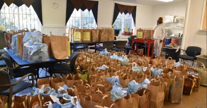 Fill Sacks of Thanksgiving Food for Emmaus House