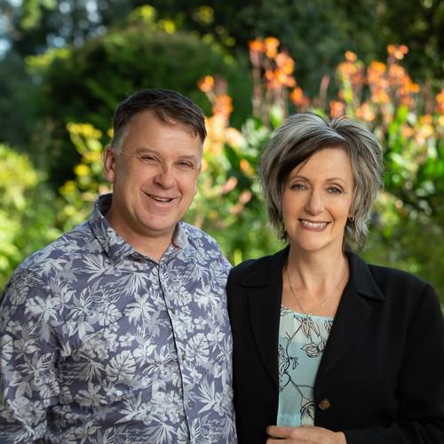 Murray & Karen Groves