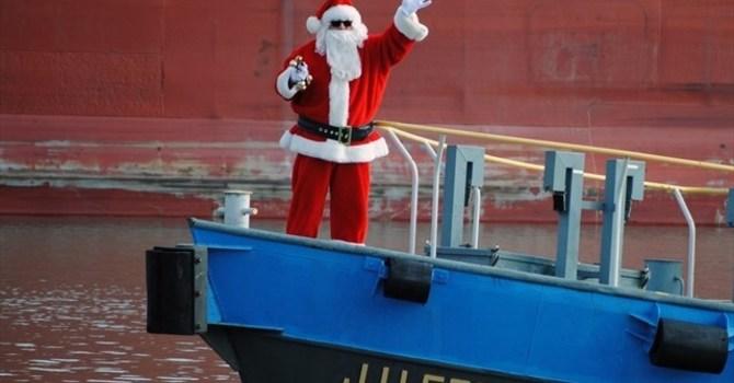 Santa coming to town image