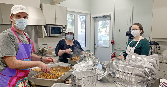 Christ Church Provides Weekly Hot Meal Hampers to Neighbours in Need image
