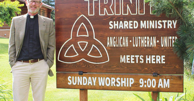 Rev. Bruce Chalmers receives warm welcome image