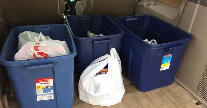 Neighbourhood Ministry Food and Clothing Drive : Donate Mon-Fri 9:00 - 4:00 image