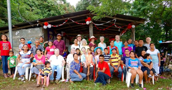 Connecting with Friends in El Salvador image