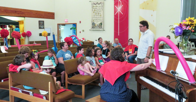 St. Patrick's Anglican Teams with  Lord of Life Lutheran for VBS