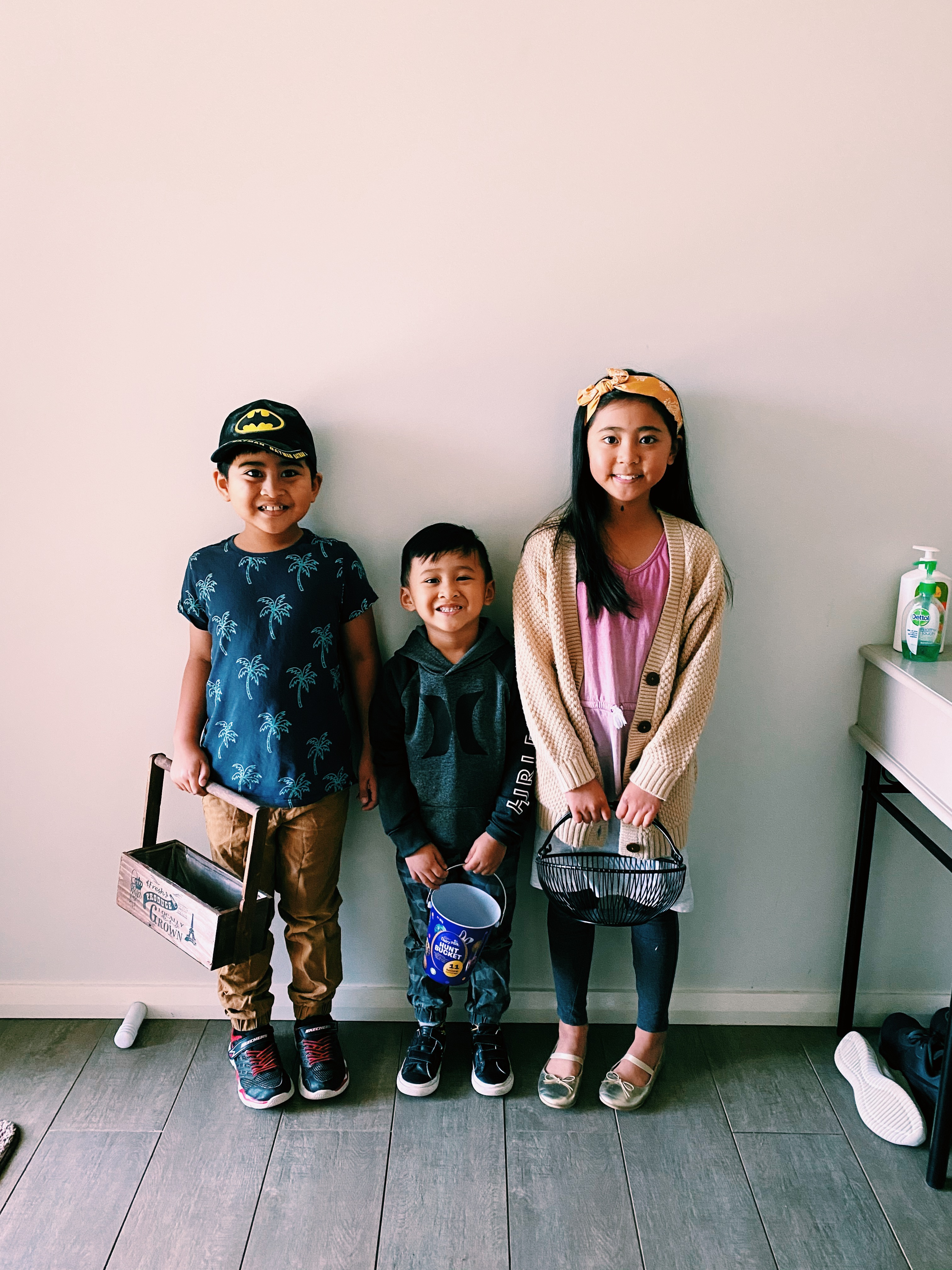 Artieda Siblings