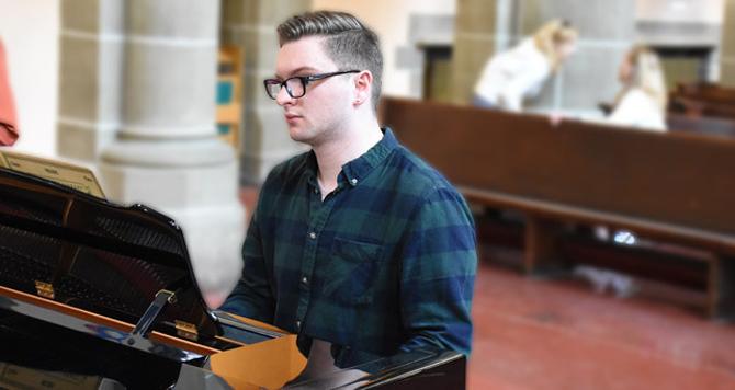Thomas Nicholson wins composition awards! | Choral Programs | Christ