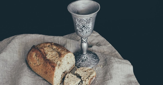 How to Prepare a Communion Table at Home image