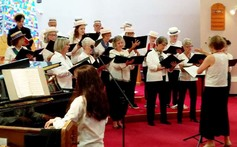 Choir%20with%20hats%20different%20pov
