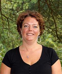 Mary Roesti