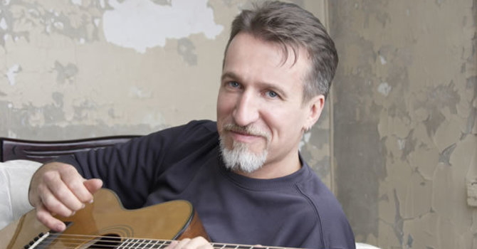 Dialogue Circle with musician Steve Bell