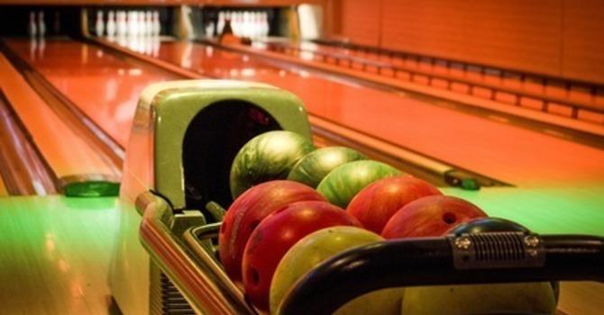 Preteen - Glow Bowling
