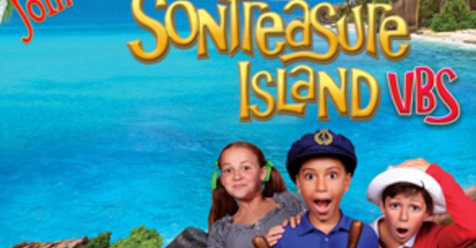 Vacation Summer Kids Camp! Son Treasure Island. image