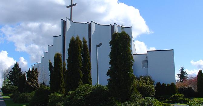 Kotikirkko on maalattu!  image