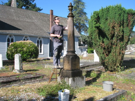 Community Cleanup of St. Luke's Churchyard