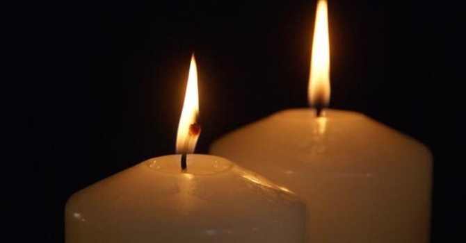 Time for children to light the second Wreath Candle, listen to the next story and Wonder image