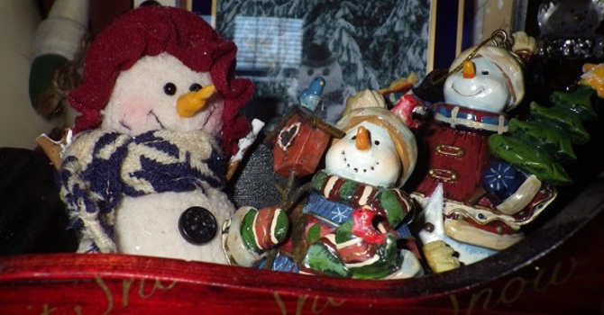 Advent – Can a Snowman Village be an Altar? image