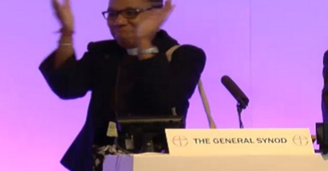 Church of England says yes to women bishops image