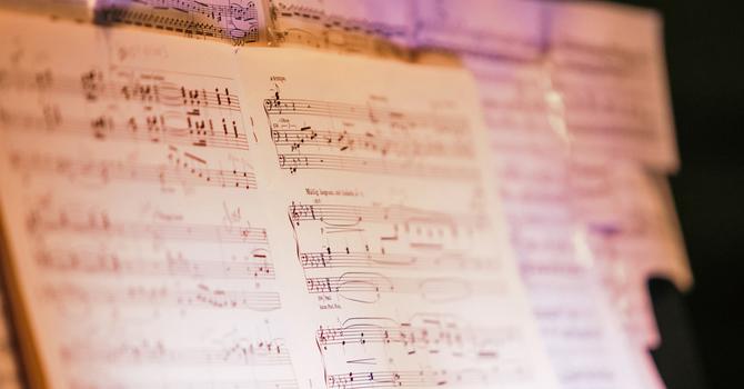 Christmas Hymns on Piano