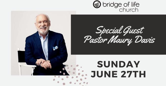 Pastor Maury Davis