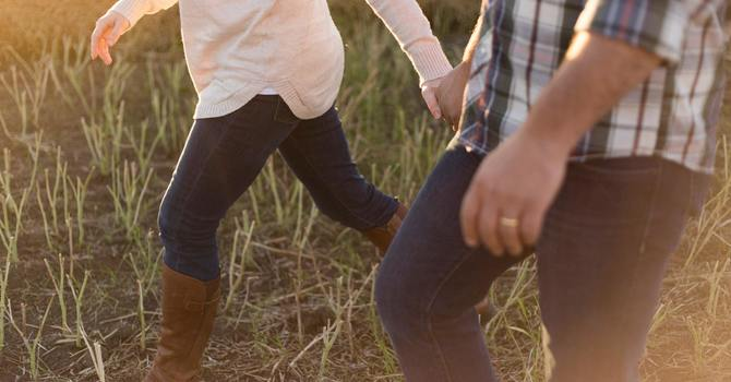 3 Ways to Listen Well in Marriage image