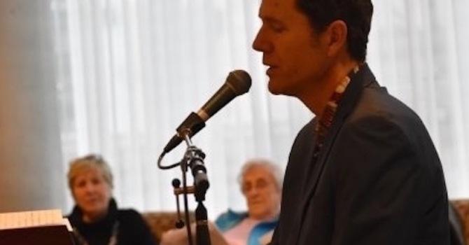 Online Sing-Along with Tom Arntzen