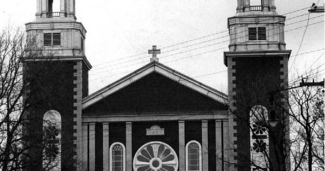 ÉGLISE FERMÉE – CHURCH CLOSED