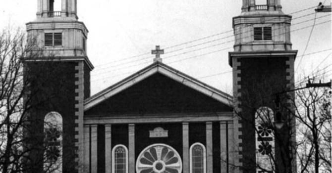 ÉGLISE FERMÉE – CHURCH CLOSED image