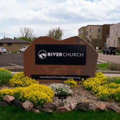 River%20sign