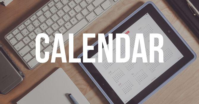 August 2019 Calendar image