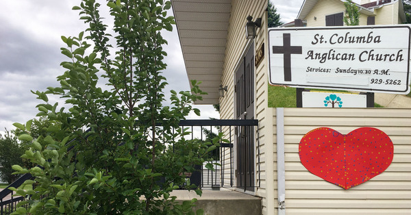 St. Columba's, Beaumont ACW Makes Heart of Remembrance