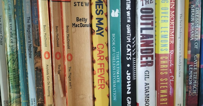 Book & Vintage Hallowe'en Sale