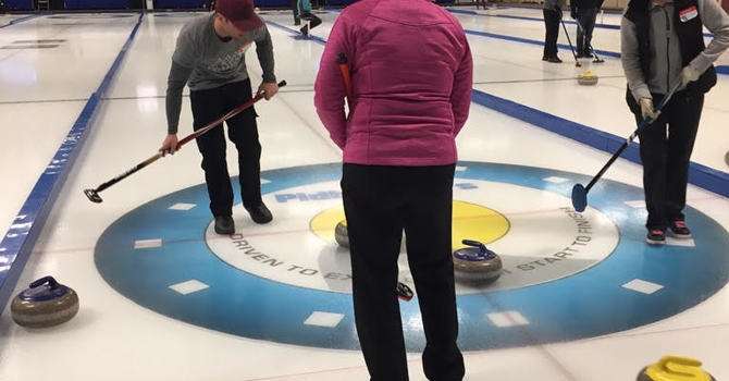 Sunnybrook Curling Teams image