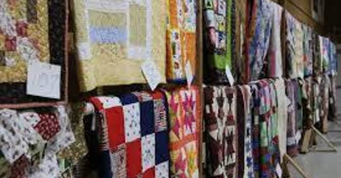 QUILT AUCTION WEEKEND
