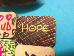 Gift tile trc day hope
