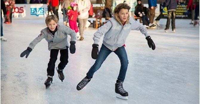 Free Holiday Skate and Neighbourly Shindig!