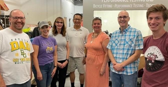 SMRBC Team Serves with Redemption Thrift