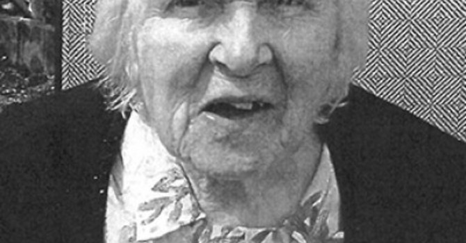 In memoriam Sybil Sim image