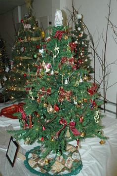 The first place tree submitted by the valley singers