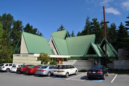 St. Mark's Takes Worship Outdoors