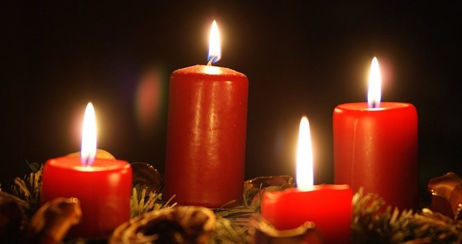 Carols by Candlelight, Mulled Wine and Mince Pies