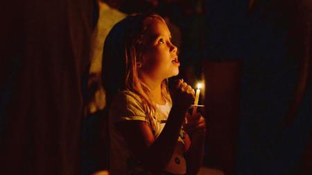 Contemporary Family Christmas Eve Worship
