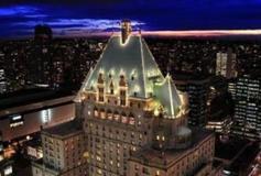 12 48 53 983 bigthe fairmont hotel vancouver 2147475050 406x